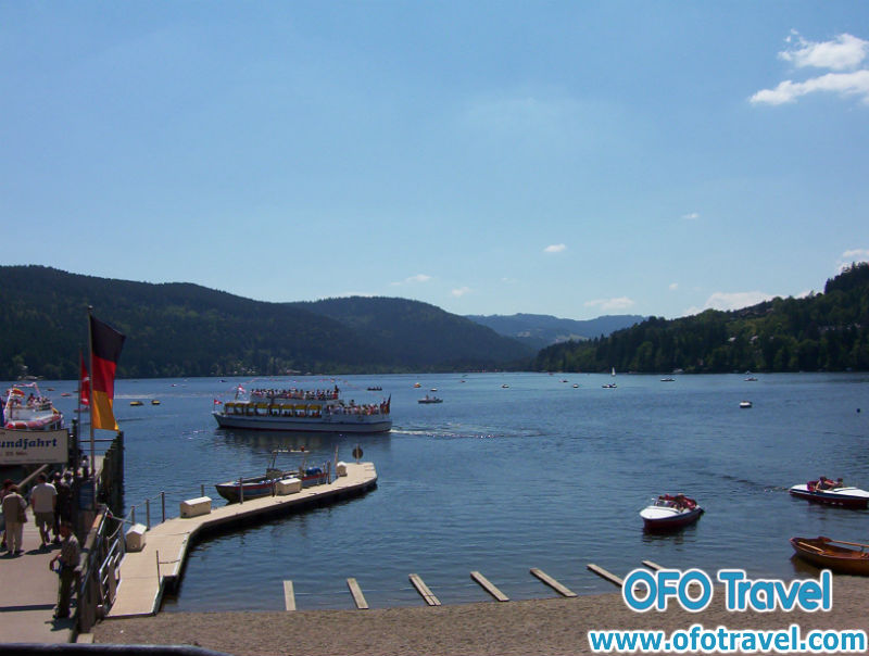 Du-lich-mien-nam-nuoc-duc-Titisee