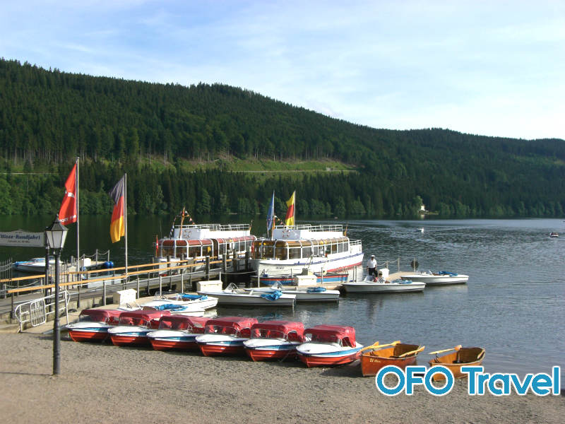 du-lich-duc-ho-Titisee
